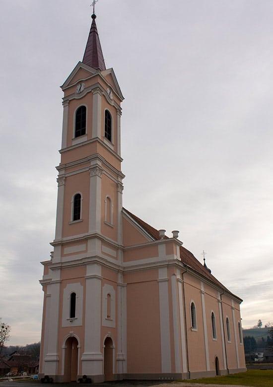 srneceva-domacija-romarska-cerkev-nepomuka-01